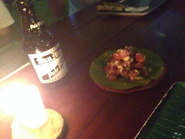 Shaka Hawaiian restaurantでポキとビール
