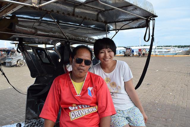 オランゴ島のドライバーさんと記念撮影