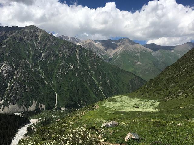 ササキさんとハイキングに行ったアラ・アルチャ