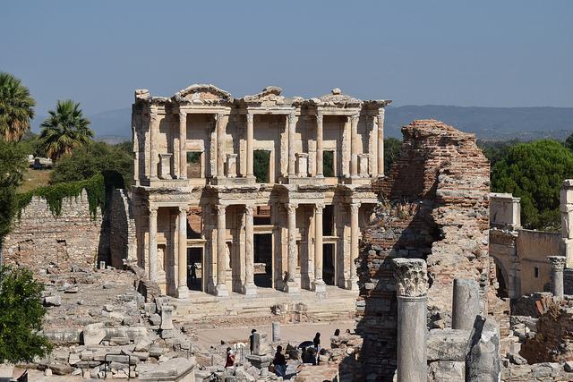 エフェス遺跡の図書館跡
