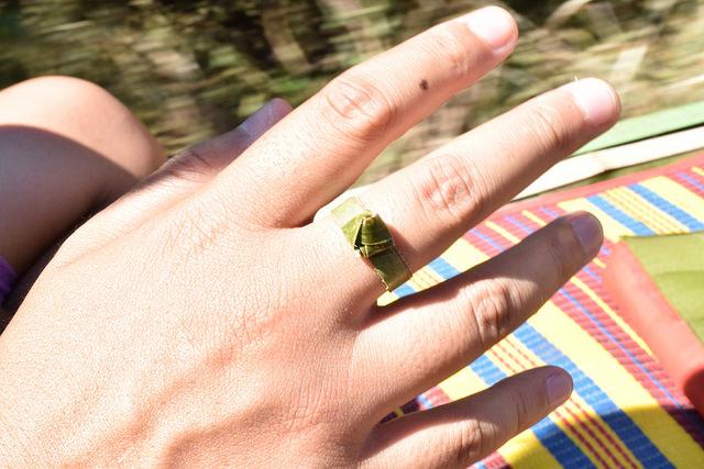 葉っぱの指輪