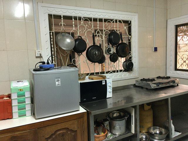 スタッフの人が自炊するので充実した調理器具